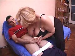 Blonde Granny Woman Fuck Hard With The Sweetheart Of Her Daughter 039 S Friend