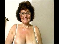 Delicious Women Masturbaring 2