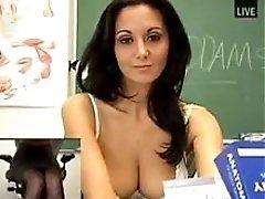 Hot MILF Ava 18