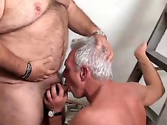 Toilet Playing With A Mature Daddy Amp A Bear By Neurosiss
