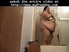 Big Plumper Ghetto Hottie Alma Smego Finally Showers B