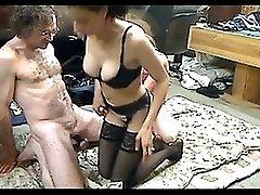 Amateur Threesome 291