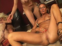 Horny Chicks Looking For Action