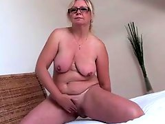 Mature Lady Show