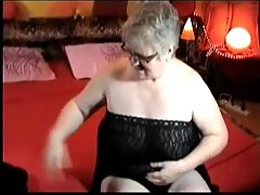 Chubby Mature Loves To Fuck And Suck