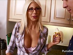 Puma Gets Cum On Her Glasses From Maintenance Man