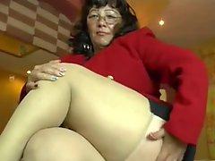 Under Skirt