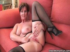 British Granny Joy Spreads Her Fuckable Pussy