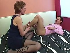 Mom With Perfect Body Want To Fuck German Step Son
