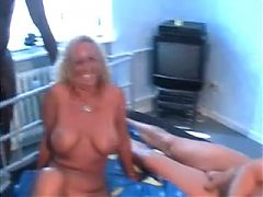 Amateur Homemade Blond Mature Gangbang