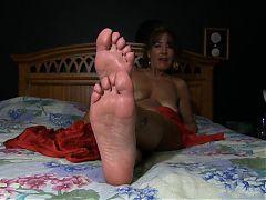 Jerk For Those Mature Feet
