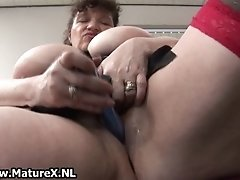 Horny Fat Mature Lady Fucks Her Own Pussy In The Office