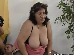 Nasty Old Whore Goes Crazy Getting Fucked Hard In A Gro