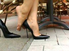 High Heels Walk In Der Stadt