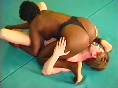 Black Mature Female Dominates Facesits White Male
