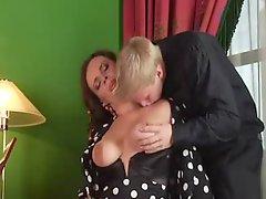 Boy Cum Twice In Her Sexy Mom