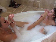 4 Lesbian Foot Worship HD