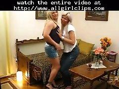Blonde Tgirl Lesbians Mutual Blowjobs Lesbian Girl On G