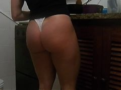 My Sexy Ass Mature Wife