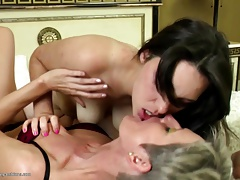 Old And Young Amateur Lesbian Pussy Lickers
