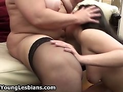 Real Mature Lesbian Exploring The Body Of A Cute Teen G