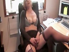 Mature MILF Having Office Pussy Play