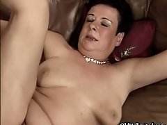 Dirty Mature Slut Gets Horny Sucking And Riding On Two